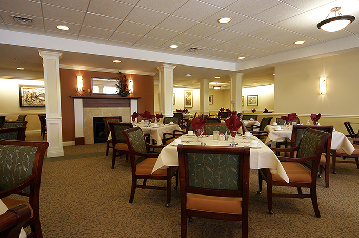 Brightview Commons Dining Room - Rhode Island Senior Living