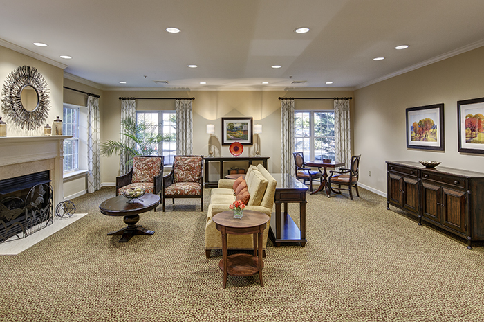 Brightview Mays Chapel Ridge Living Room - Maryland Senior Living
