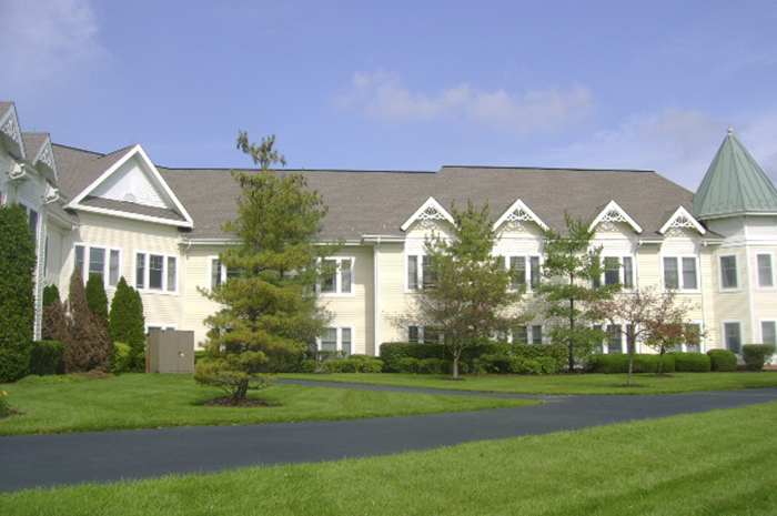 Brightview Mount Laurel Exterior - New Jersey Senior Living