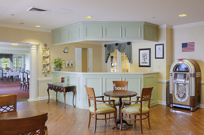 Brightview Mount Laurel Cafe - New Jersey Senior Living