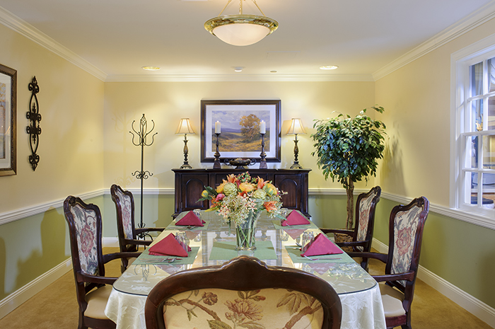 Brightview Mount Laurel Private Dining Room - New Jersey Senior Living