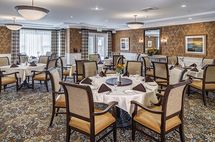 Brightview Rolling Hills Dining Room - Maryland Senior Living