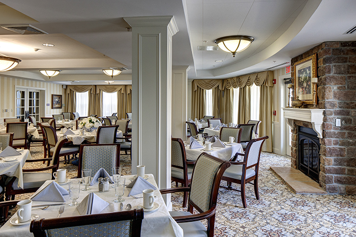 Brightview South River Dining Room - Maryland Senior Living