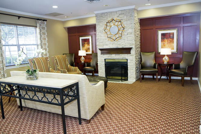 Brightview White Marsh Living Room - Maryland Senior Living